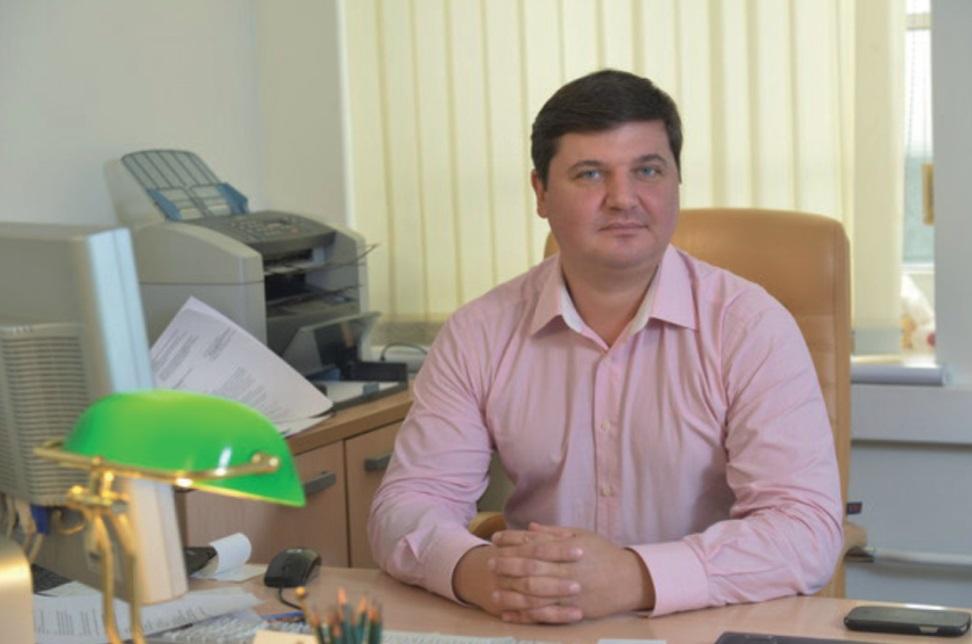 Д.Костров