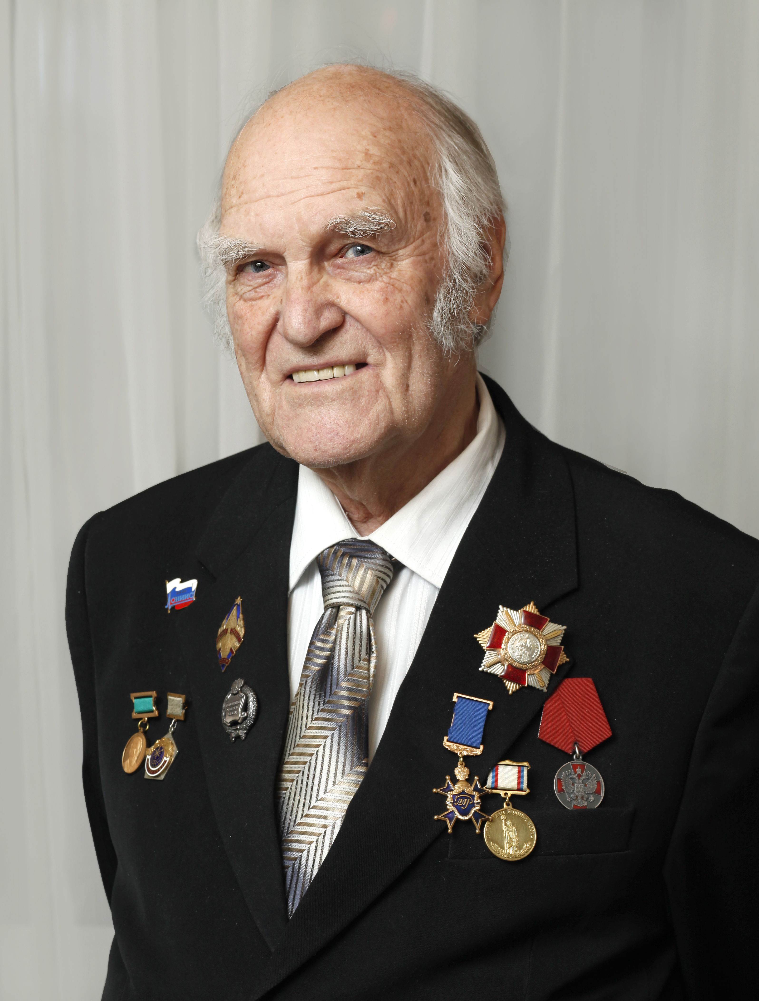 1 Портрет Ю.А. Парфенова (90 летие) (1)